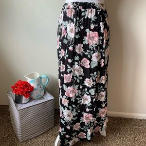 Xhilaration Skirts - Xhileration • Floral Skirt